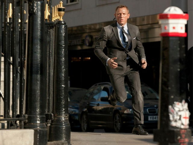 cl053-crockett-jones-highbury-london-james-bond-2